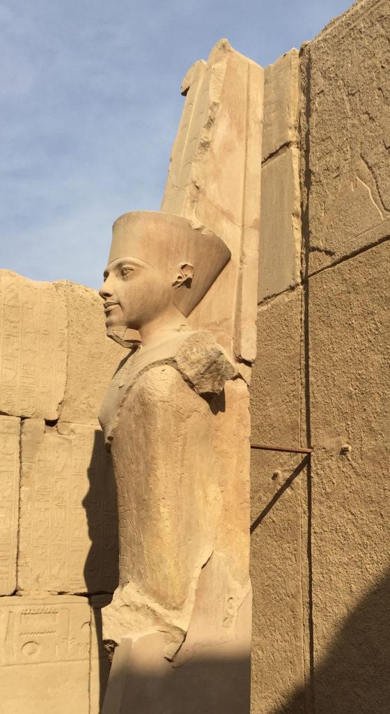 Amon-Rê, statue de Toutankhamon, Karnak - © Luc Gabolde